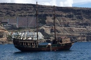 gran canaria pirate boat