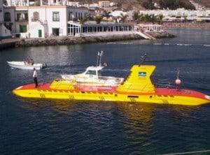 mogan submarino amarillo