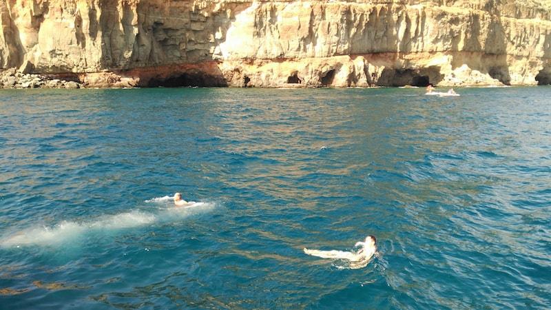 Schwimmen im Meer Taurito