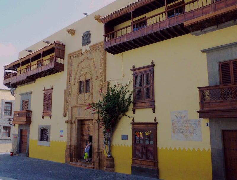 Excursi n a las palmas de gran canaria okgrancanaria - Casas de madera gran canaria ...