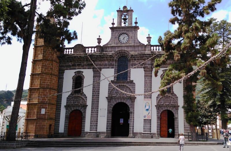 visita a la iglesia del pino en teror