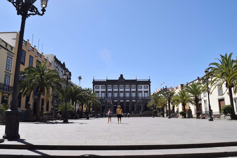 bus tour for tourists in gran canaria