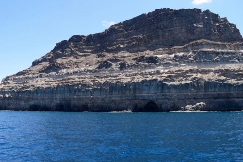 Cueva de los acantilados de Mogán